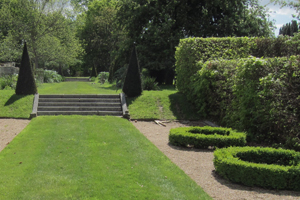 topiary, lawn and steps
